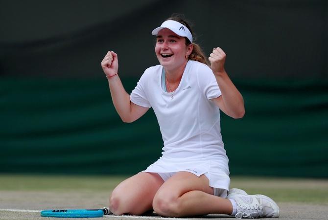 Украинка Снигур обыграла чемпионку Ролан Гаррос и вышла в финал турнира ITF [видео]