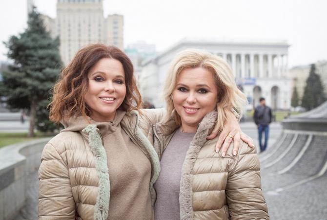 Киевские близняшки встретились натом же месте через 30 лет