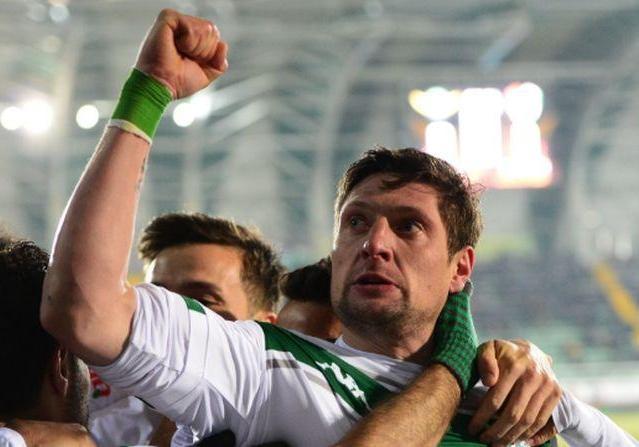Селезнев разбушевался в Турции: голы в четырех матчах подряд и удаление